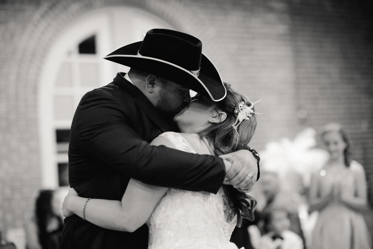 LMP_Adams-Dowlearn Wedding_610